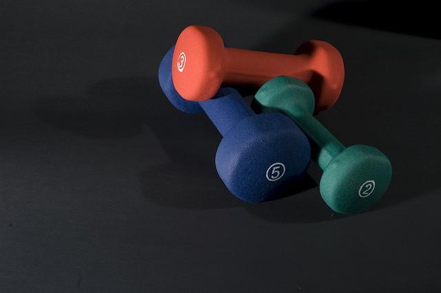 exercise equipment dumbbells